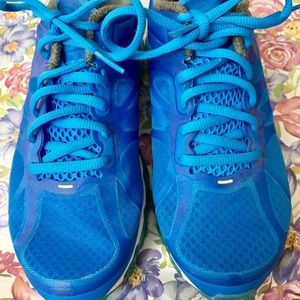 Women's Nike Air Max Size 7/slightly used/no box